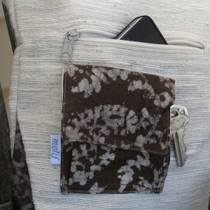 Vegan-friendly crossbody purse in khadi cotton and plant dyes.
