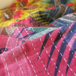Narrow, close Jessore stitch.