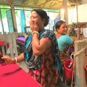 Hand-weavers-of-sustainable-fabrics