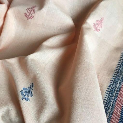 Handwoven cotton motif flower A peach