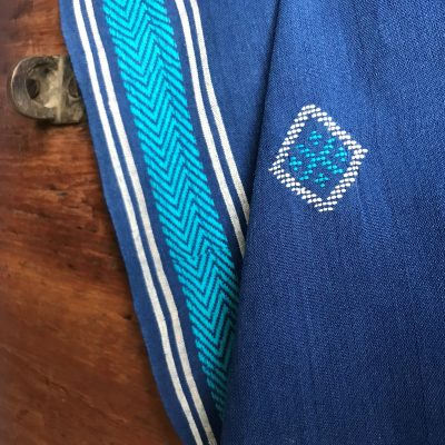 Handwoven cotton motif geo B blue